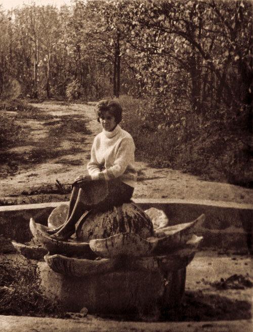 """Фонтан """"Кувшинка"""" в парке Ленина, фото из архива Л.М. Боевой"""