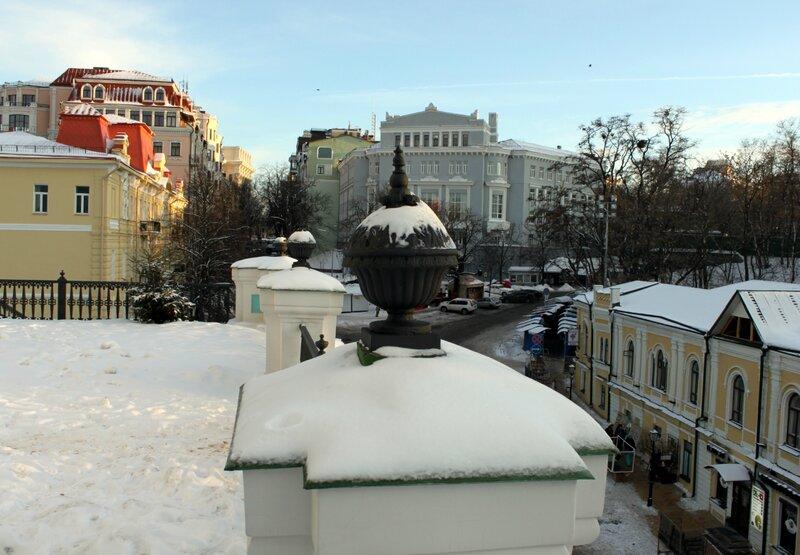 Вид от Андреевской церкви на Владимирскую