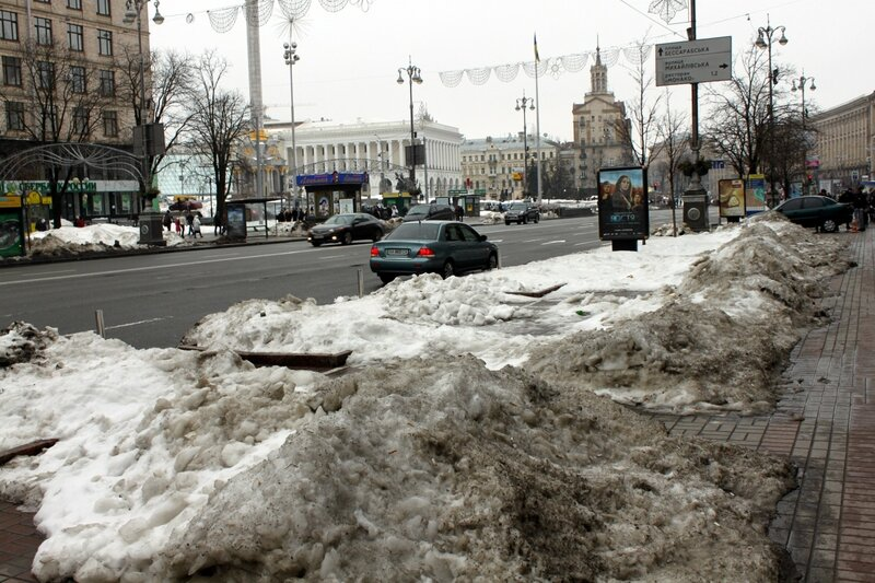 Пешеходная зона Крещатика в конце марта