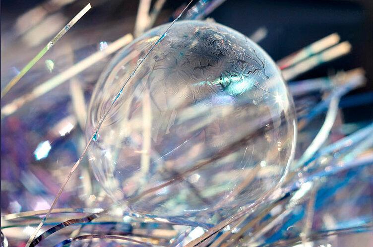 Замороженые зимние пузыри