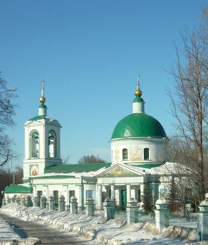 Храм Троицы Живоначальной на Воробьевых горах