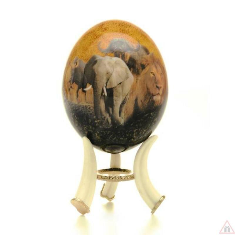 Декоративная фигурка, статуэтка NE-006 Декоративное страусиное яйцо Большая африканская пятерка красный фон.