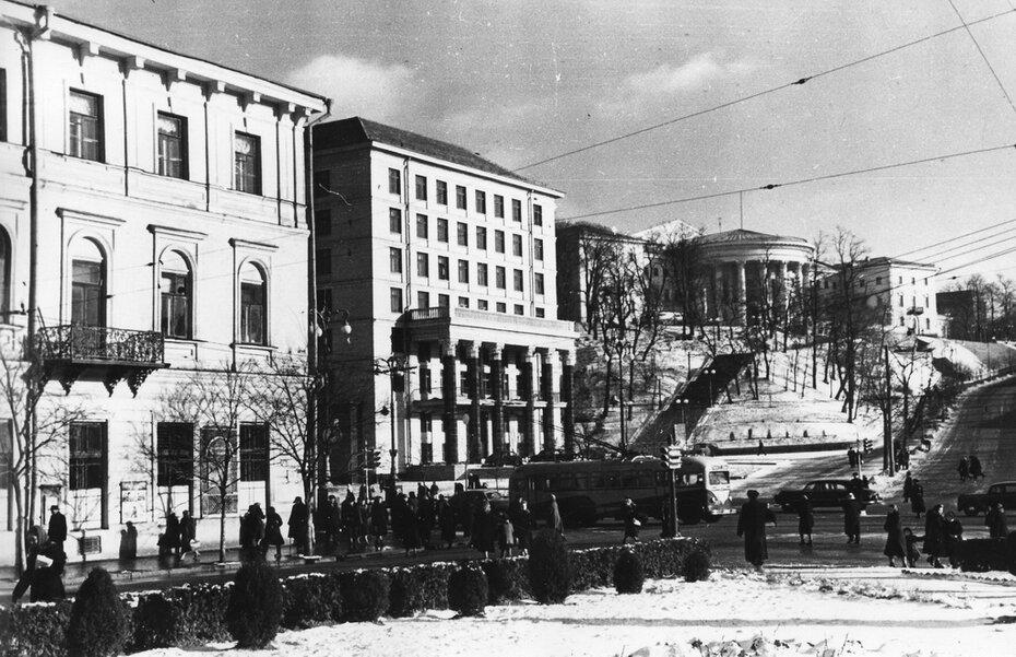 1958.12. Площадь Калинина (сейчас Майдан Незалежности). Фото: Примаченко А.