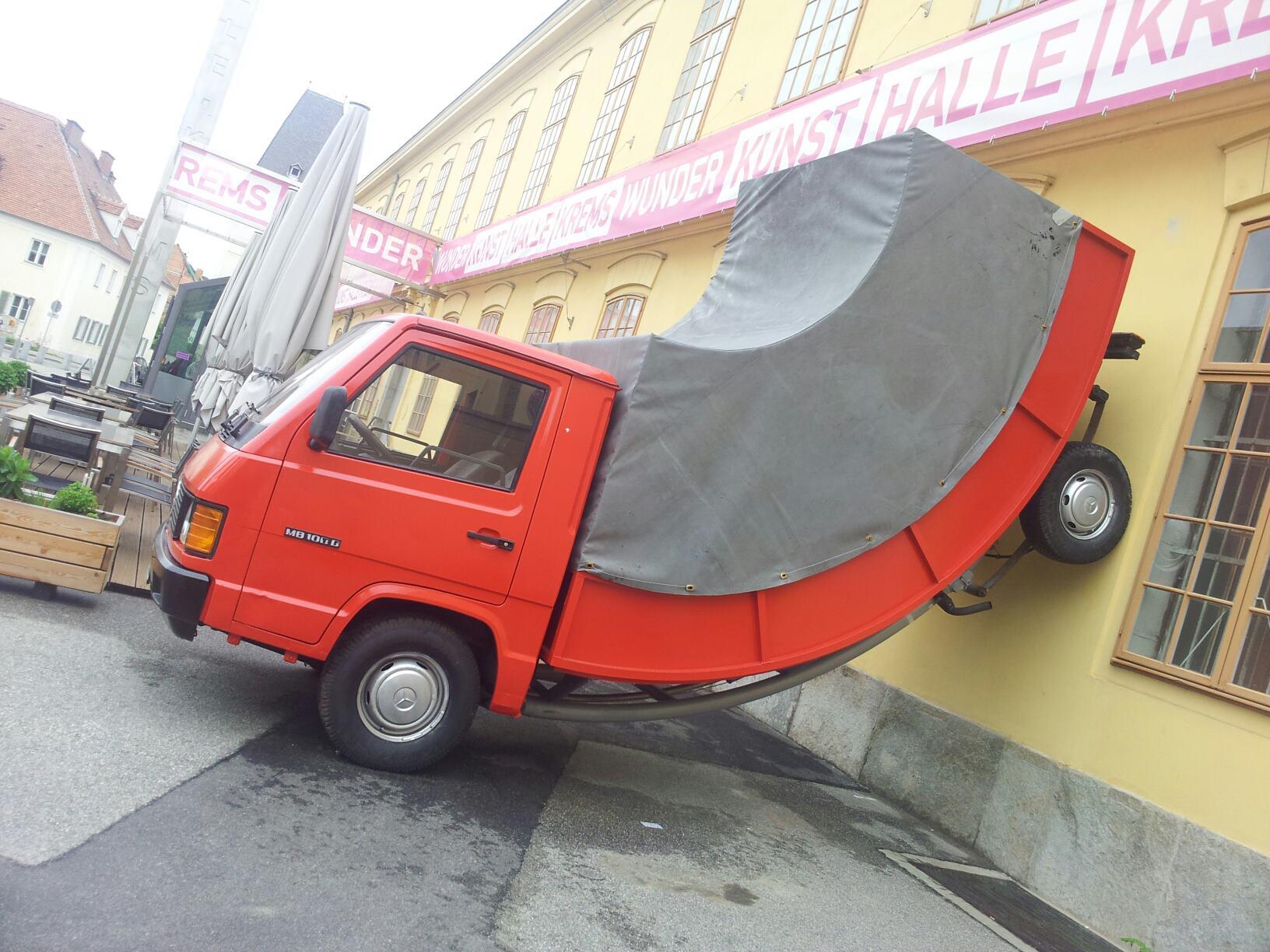 прикольные картинки с грузовыми автомобилями необычного