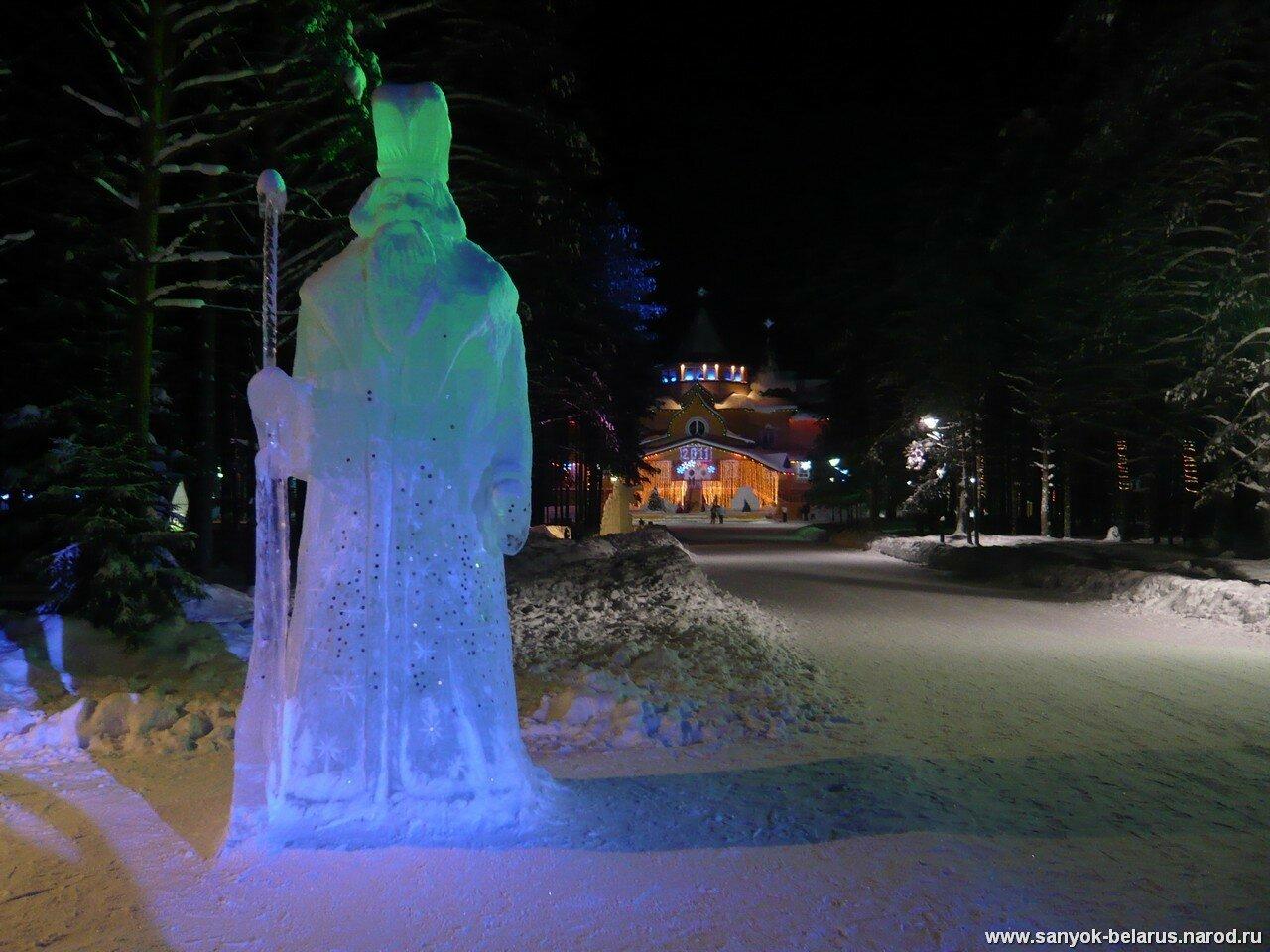 Дед мороз во льду