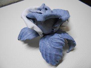 Цветы из джинсовой ткани - Страница 3 0_9f798_53b2d74f_M.jpeg
