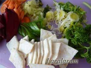 Нарезанные овощи для отвара