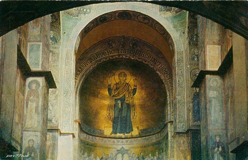 Киев.  Софийский собор. Богоматерь-Оранта. Мозаика. XI век.
