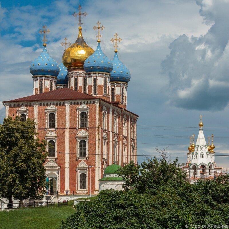 Успенский собор и Богоявленская церковь, Рязань