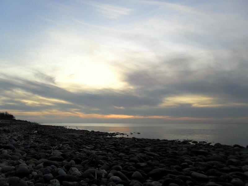 Костёр у моря