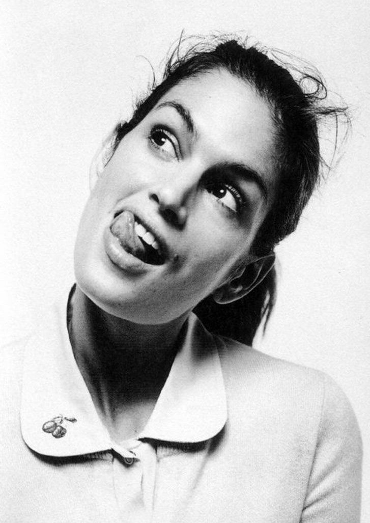 Cindy Crawford / Синди Кроуфорд с высунутым языком