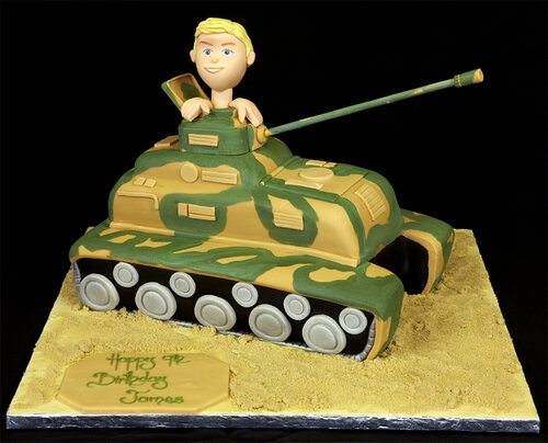 002988 Novelty Hand-Cut Tank Birthday Cake