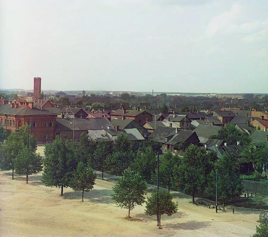 Вид с юго-востока с колокольни военного собора. 1912