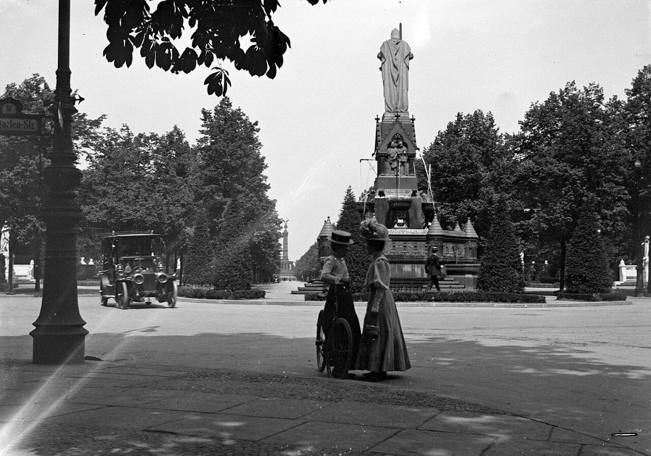 Аллея Победы (Зигесаллее; нем. Siegesallee), бульвар в берлинском парке Тиргартен