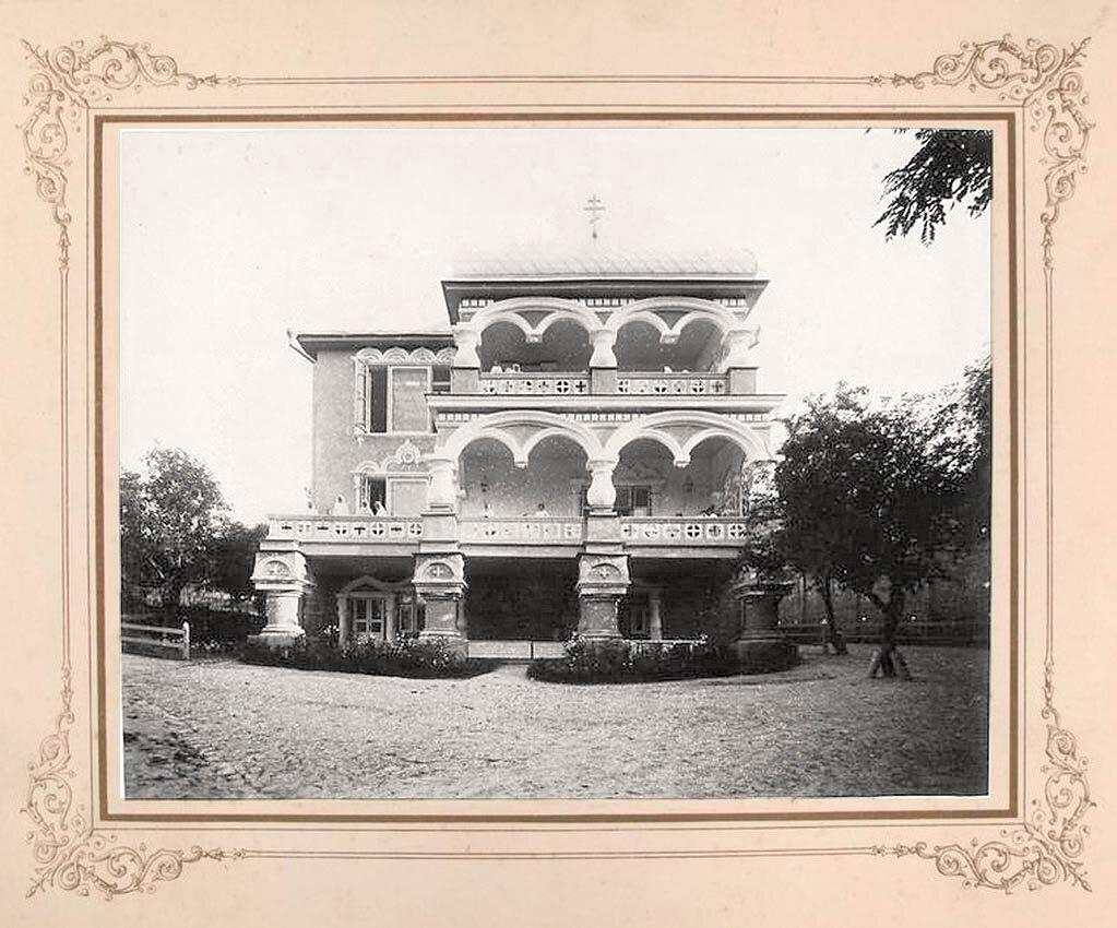 6. Здания в монастыре