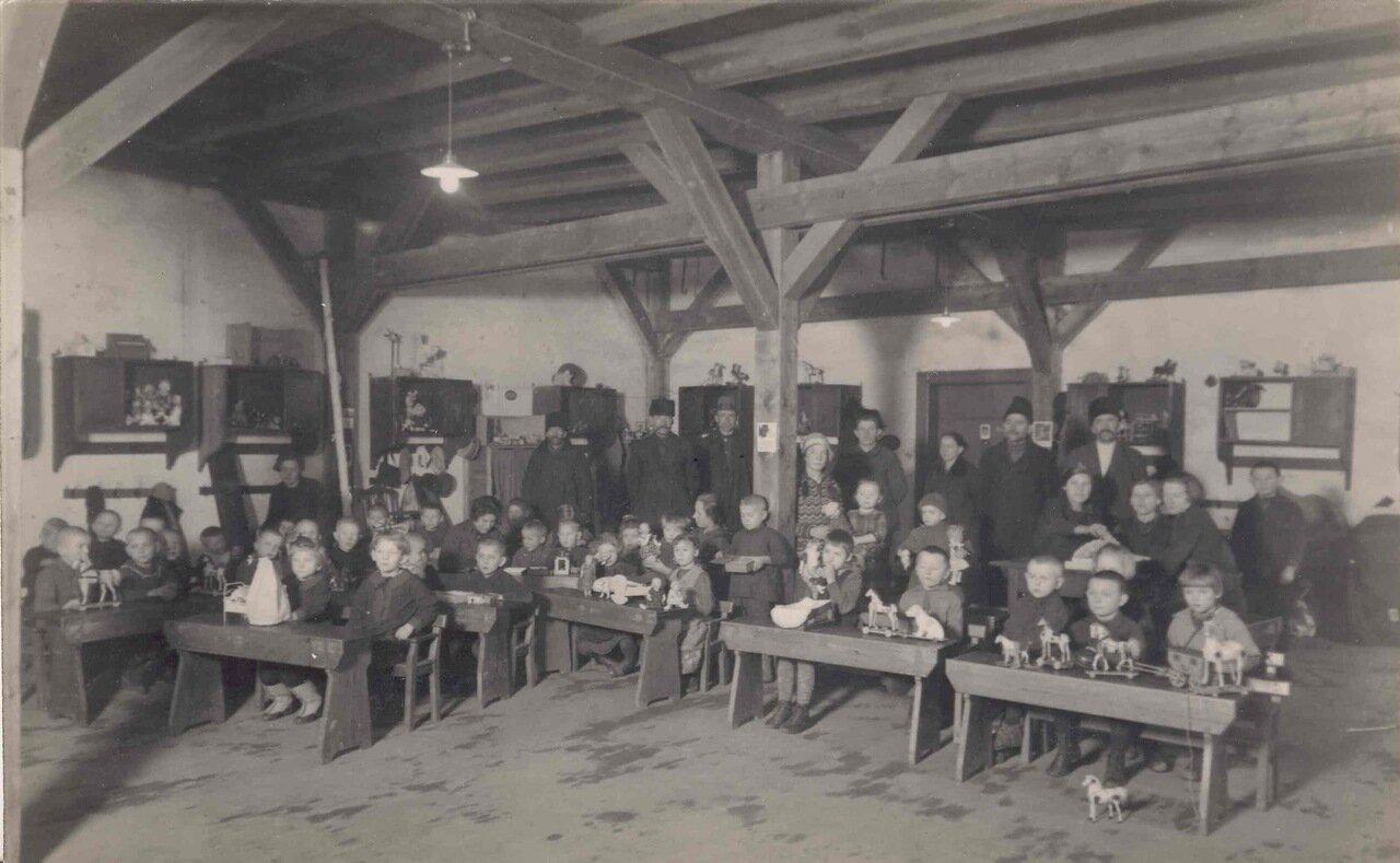 В германских временных лагерях для перемещенных лиц