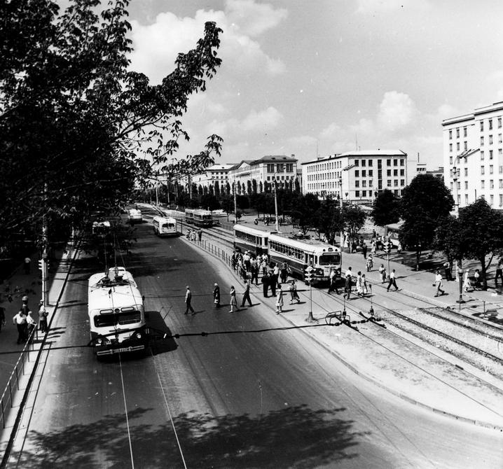 1964.08.11. Брест-Литовское шоссе. Фото: Сычев В.