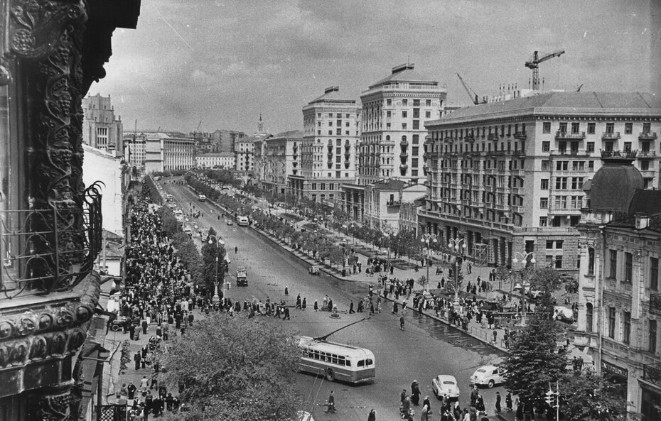 1954.05. Панорама Хрещатика