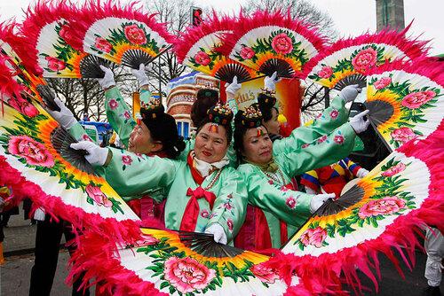 Немцы ударили карнавалом — «Розовый понедельник»