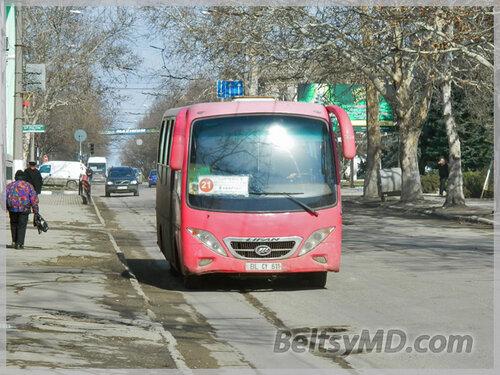 Тариф в Бельцах уравняли: для автобусов и микроавтобусов