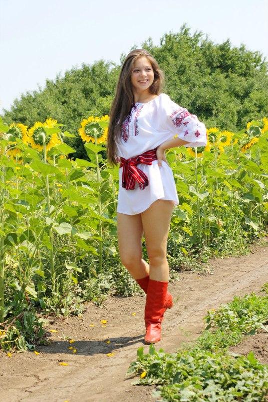 Українські голі дівчата фото