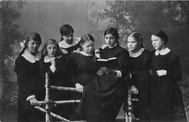 Фотографии учащихся Кунгурской женской гимназии 0_a7ed0_83838d75_orig