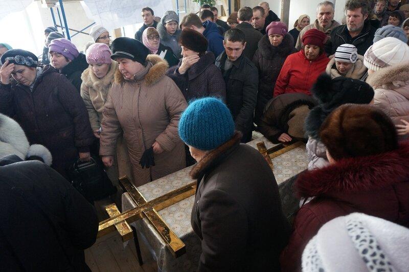В храме Всех Святых, состоялся чин освящения новосооруженного креста