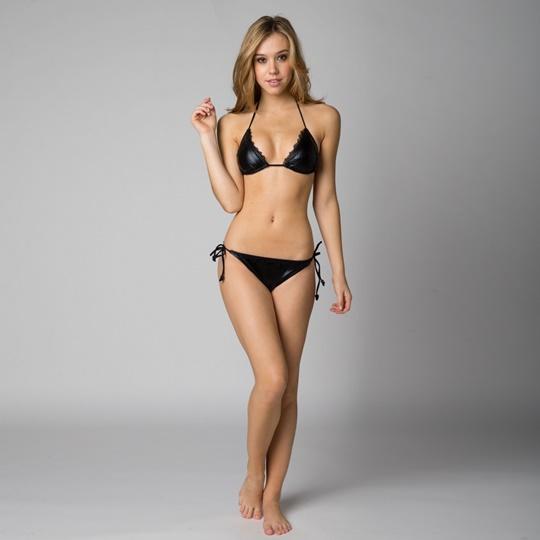 Красивые фотографии молодой модели Алексис Рен 0 1423bb 69f78e8 orig