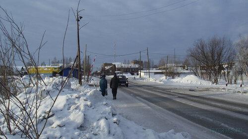 Фото города Инта №3154  Улица Индустриальная в западном направлении, в районе входа на