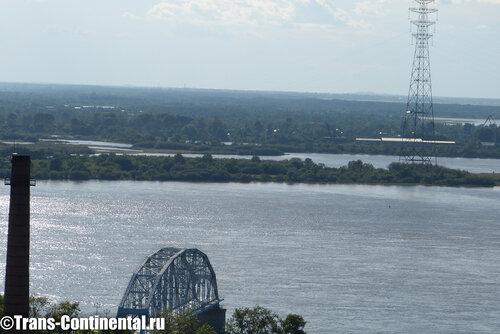 Амур и мемориальная ферма первого моста Трансиба