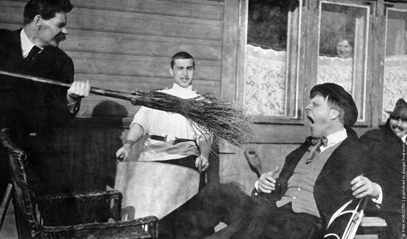 Максим Горький и Федор Шаляпин 1 июля 1905 года. РИА Новости