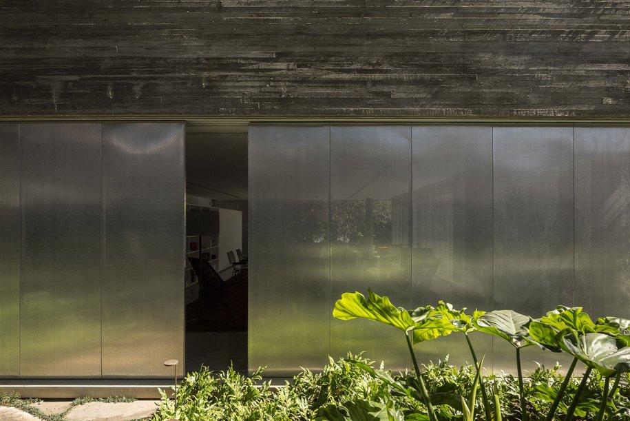 Дом в форме куба в Сан-Паулу, Бразилия