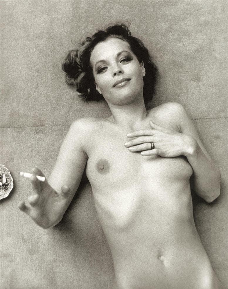 smoking Romy Schneider / Роми Шнайдер с сигаретой