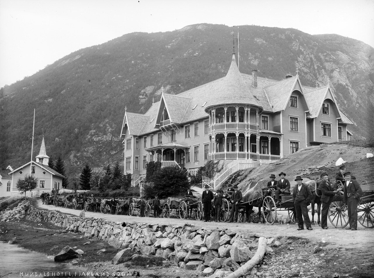Отель Мандала, ок. 1890-1910