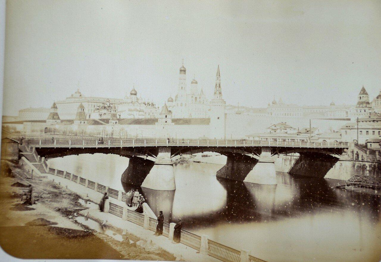 661. Вид Кремля со стороны Москва-реки. 1890-е