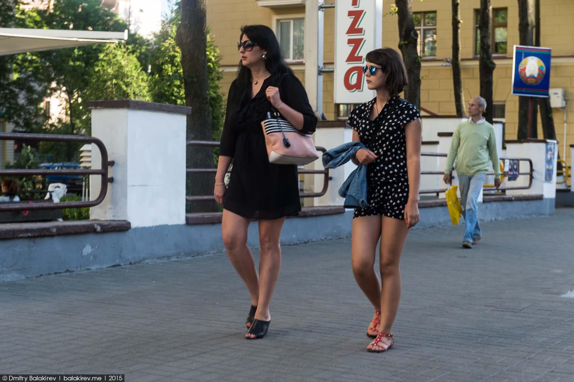 Русские снимаются на улице 15 фотография