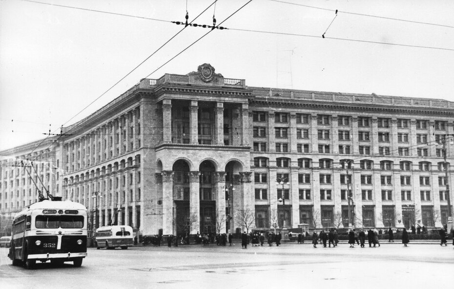 1958.04.10. Здание нового Главпочтамта на Хрещатике
