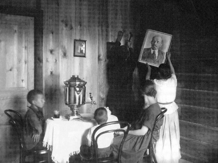 Family settles into a newly-built apartment in a workers' settlement near Moscow, 1927