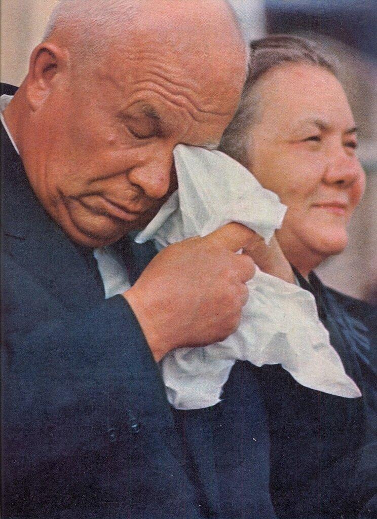 Хрущёв Никита Сергеевич в Дании c женой. 1964