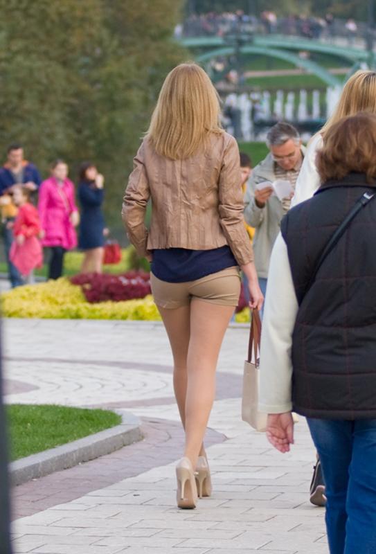 Секс девочки в мини юбках