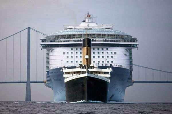 Allure of the Seas ws Titanic
