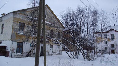 Фото города Инта №2718  Геологическая 5а, Гагарина 1 и Геологическая 5 31.01.2013_13:04