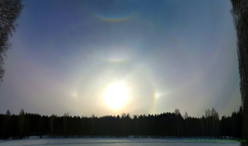 2013.03.23 16:19 зенитная дуга, малое гало, касательные малого и большого гало, паргелический круг и паргелии