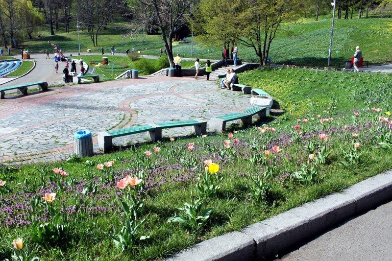 Певческое поле весной