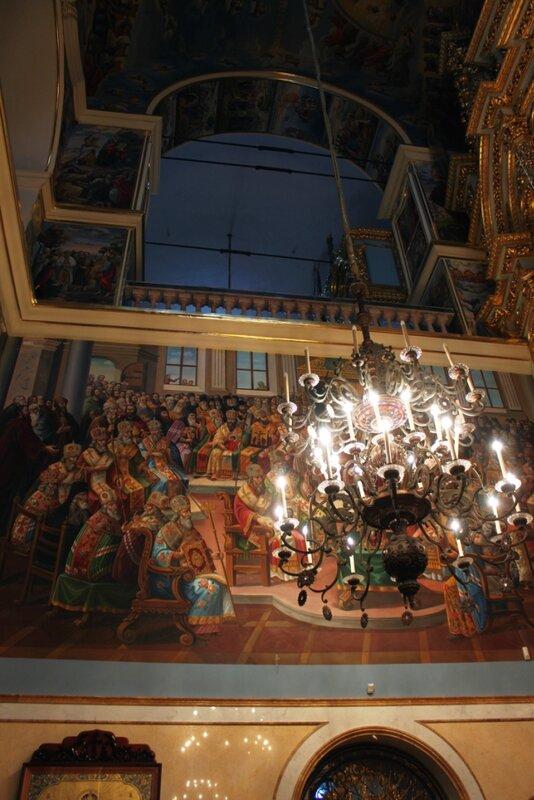 Светильник Успенского собора