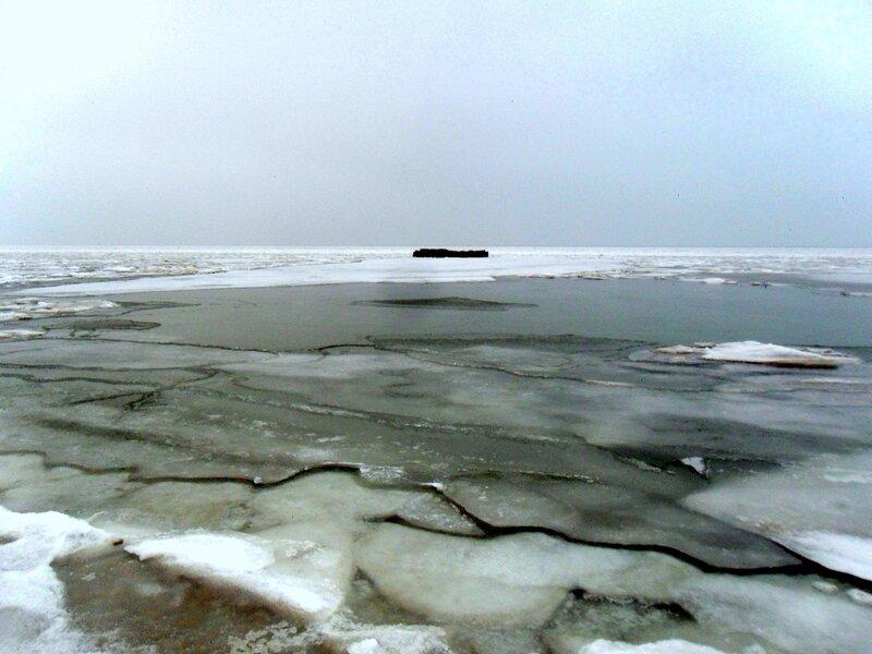 Январь, у моря Азовского