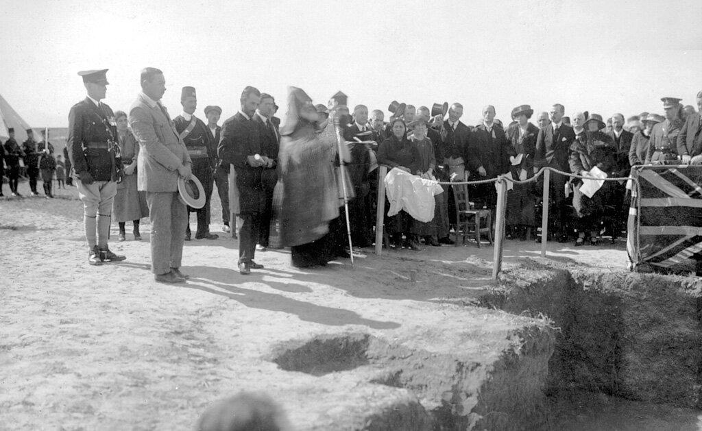 Церемония закладки фундамента института Мелконяна, Никосия, 1924 г.
