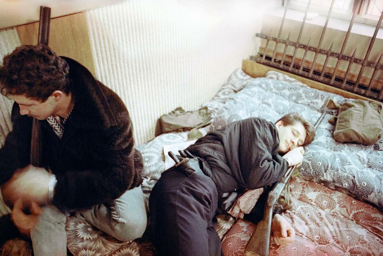 23 января, 1991. Вооруженные литовские инсургенты в Вильнюсе, Литва.
