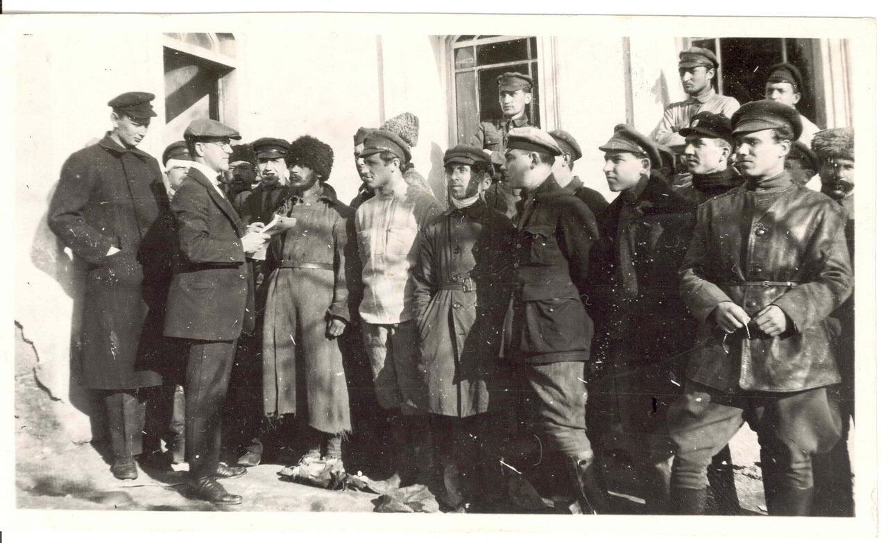 Дж. Э. Бранк с кандидатами