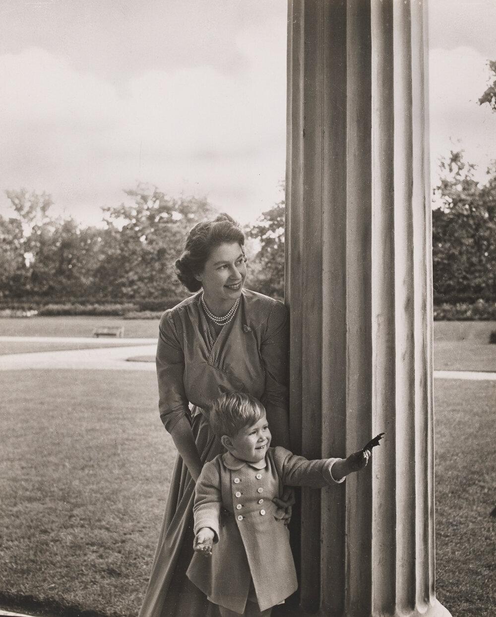 Принцесса Елизавета и Принц Чарльз. сентябрь 1950 г.